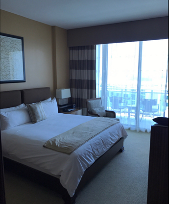 Ritz carlton hotel 2 bedroom suite high floor ocean view for 2 bedroom suites on collins avenue
